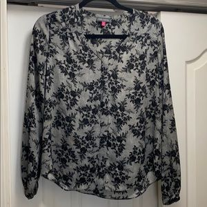 Vince Camuto long sleeve floral design blouse